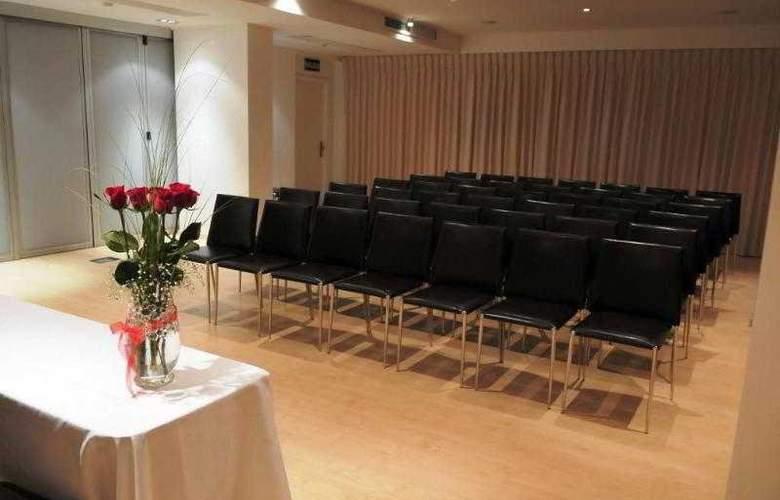 Regency Golf - Hotel Urbano - Conference - 7