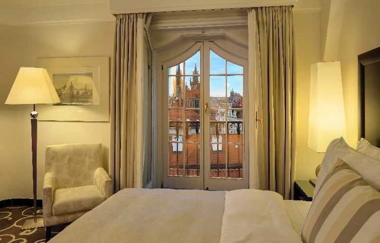 Grand Hotel Bohemia - Room - 10