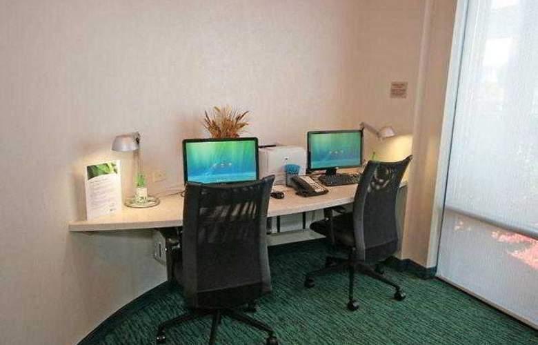 SpringHill Suites Winston-Salem Hanes Mall - Hotel - 23