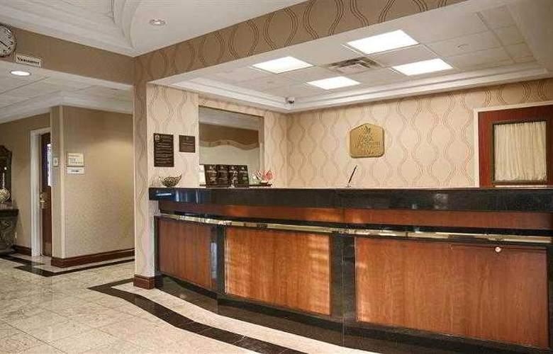 Best Western Plus Travel Hotel Toronto Airport - Hotel - 43