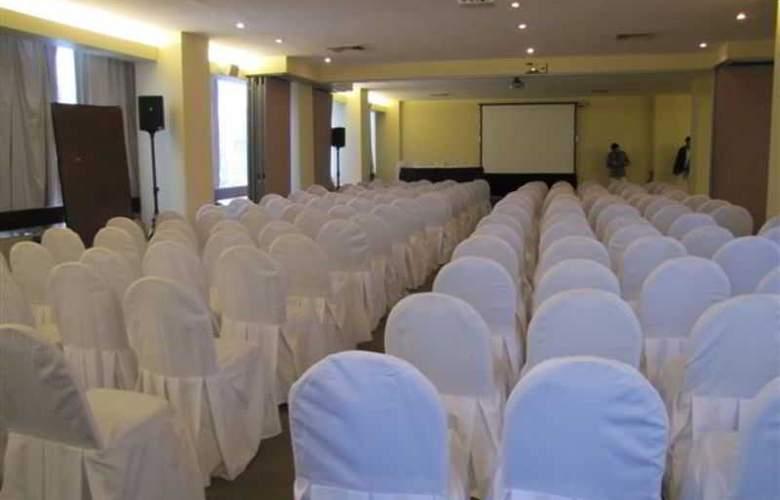 Almacruz Hotel y Centro de Convenciones - Conference - 17