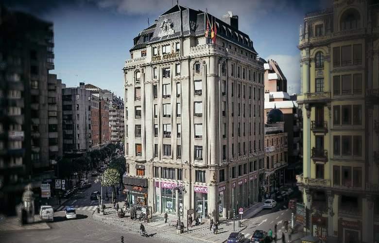 Alfonso V Sercotel - Hotel - 0