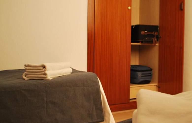 Napols - Room - 10