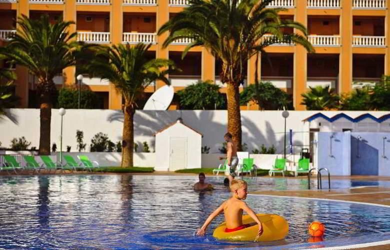 Apartamentos Compostela Beach - Pool - 9