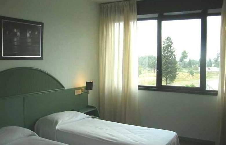 Arcadia - Room - 1
