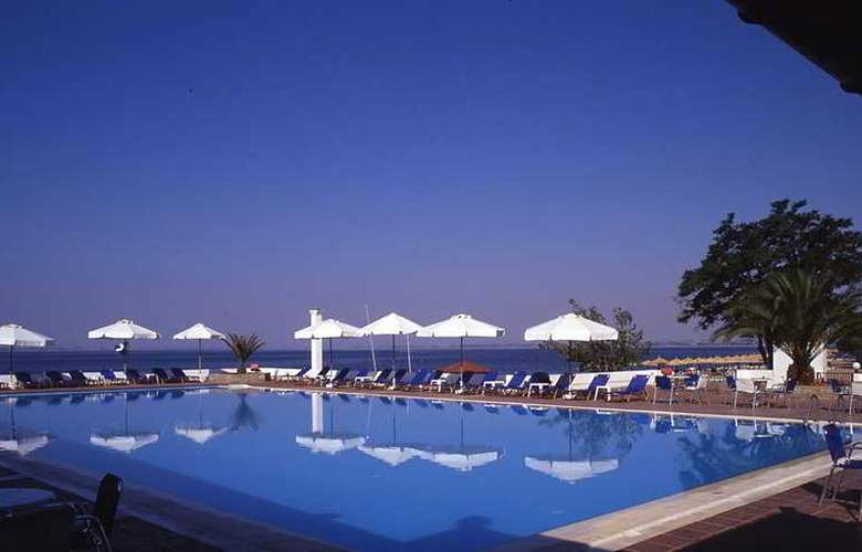 Gerakina Beach - Pool - 6