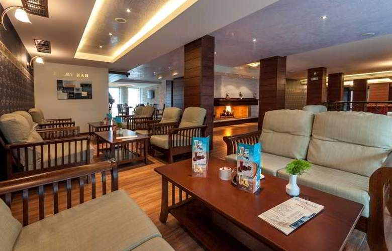 Grand Royale Hotel & Spa - General - 12