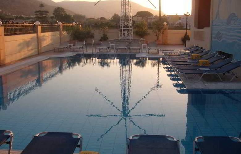 Villa Diasselo - Pool - 2
