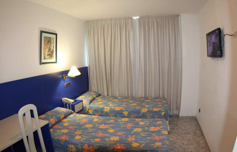 Vila-Real Marina Azul - Room - 8