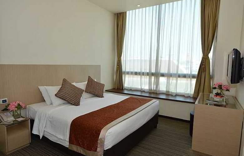 Aqueen Hotel Lavender - Room - 12