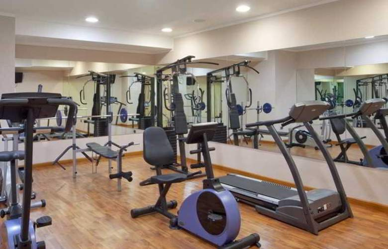 Holiday Inn Cagliari - Sport - 9