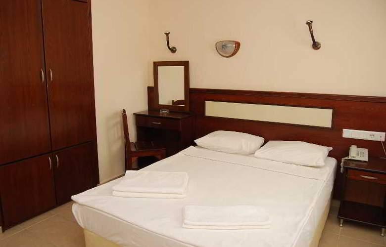 Eris Hotel - Room - 5