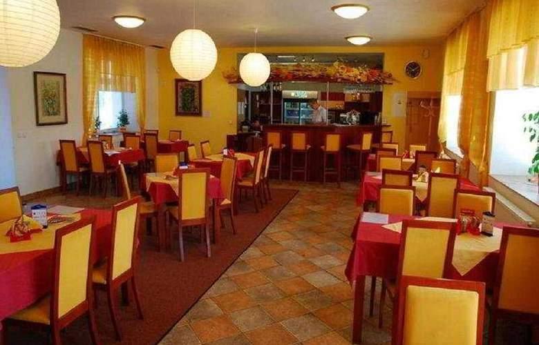 Senimo - Restaurant - 4