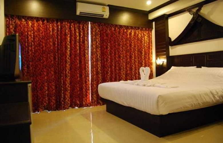 Hallo Patong Dormtel & Restaurant - Room - 0