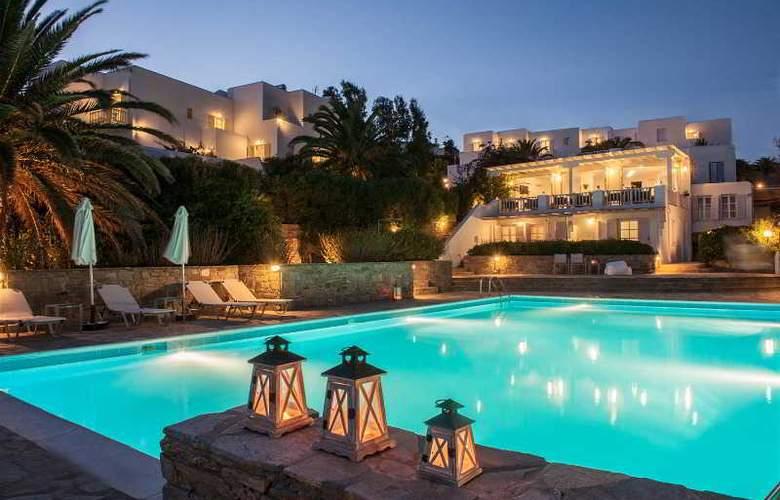 Akrotiri - Hotel - 0