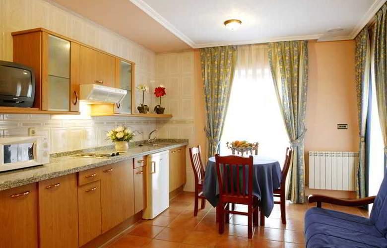 Hotel 2 * y Apartamentos Peña Santa - Room - 16