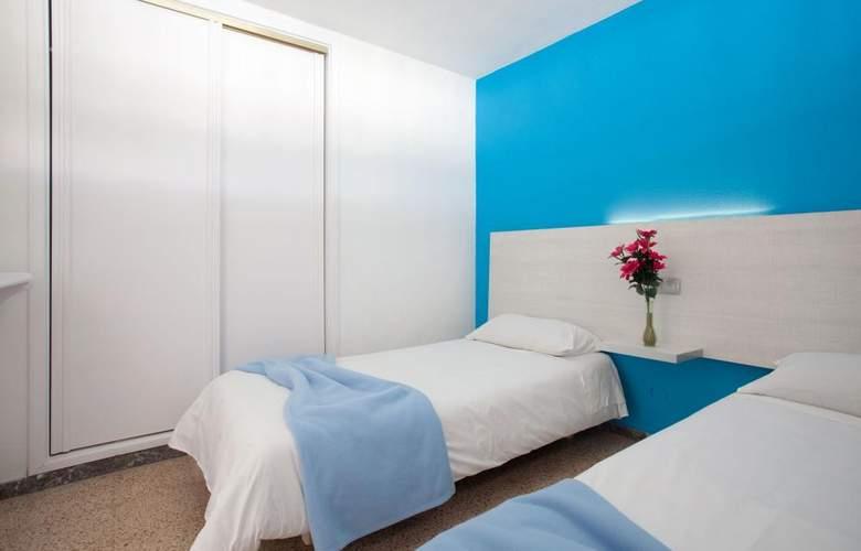 Apartamentos Europa - Room - 7
