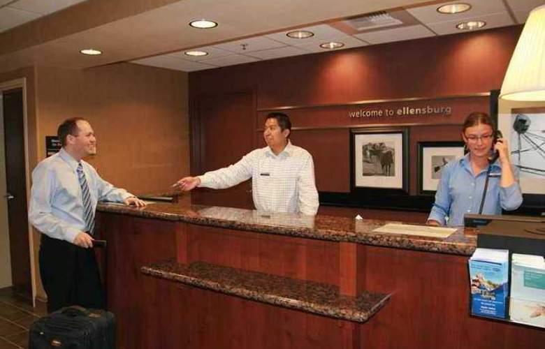 Hampton Inn Ellensburg - Hotel - 1
