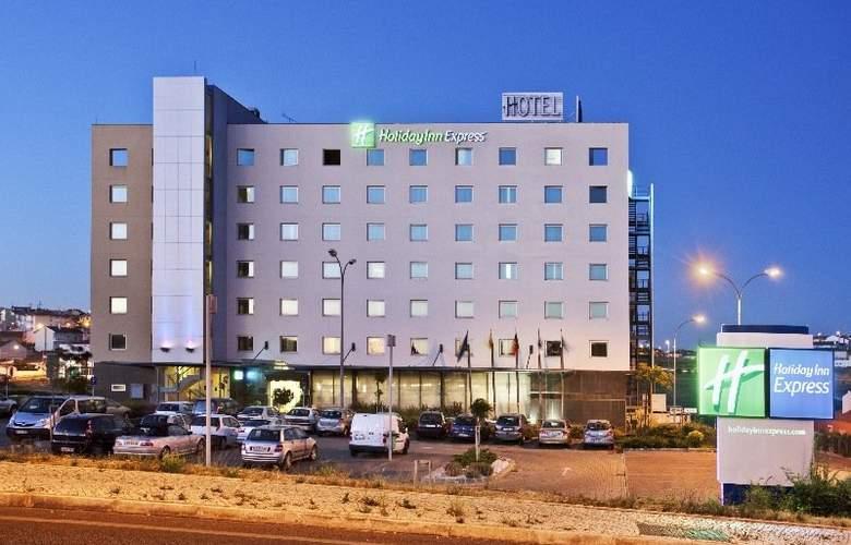 Holiday Inn Express Lisbon-Oeiras - Hotel - 2