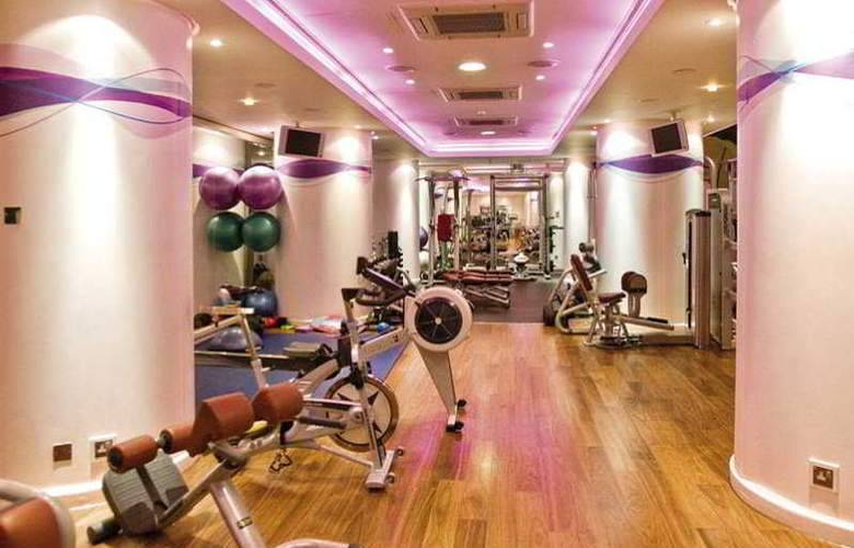 Jumeirah Carlton Tower - Sport - 8