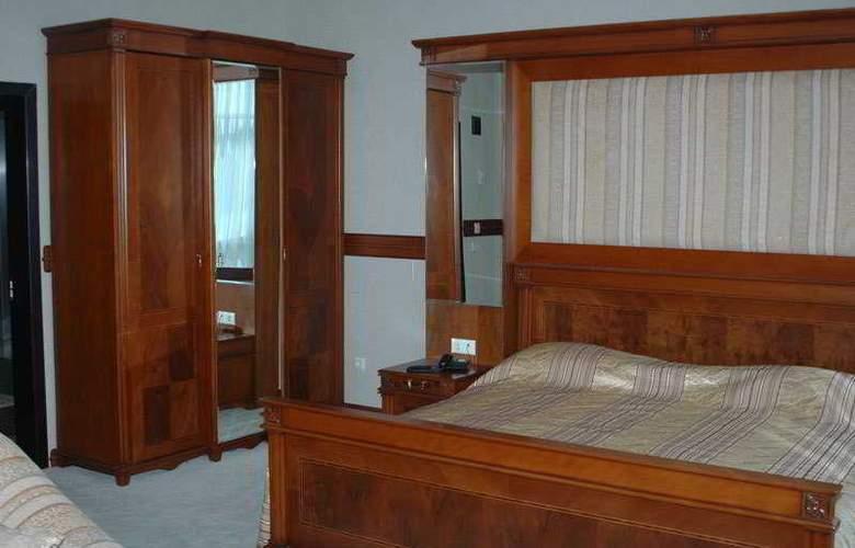 Sun Rise Hotel - Room - 14
