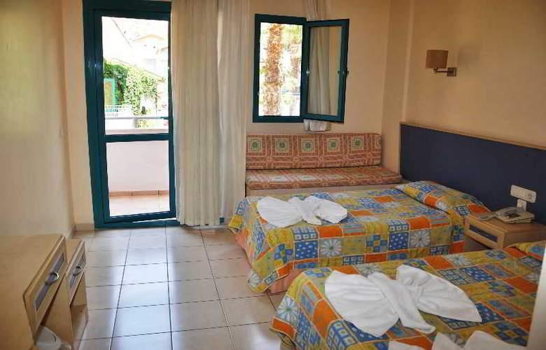 Montebello Beach Hotel - Room - 1
