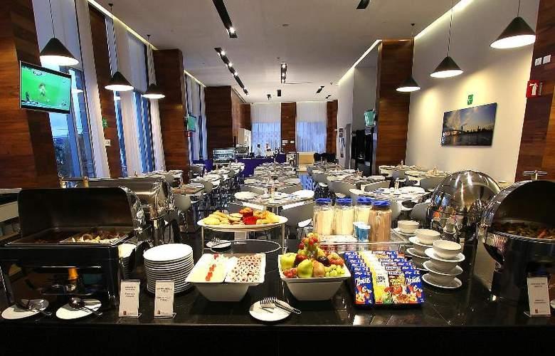 Fiesta Inn Merida - Restaurant - 97