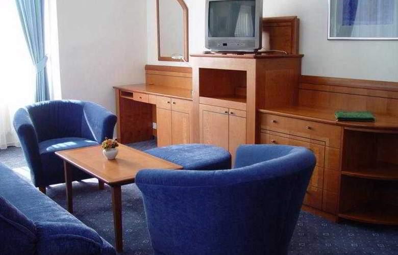 Melantrich - Room - 5