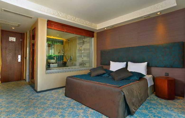 Pera Tulip - Room - 17