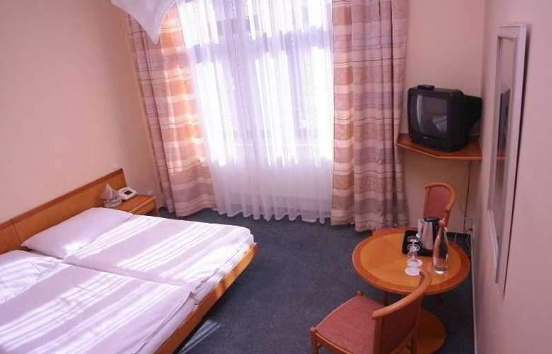 Dalimil - Room - 9