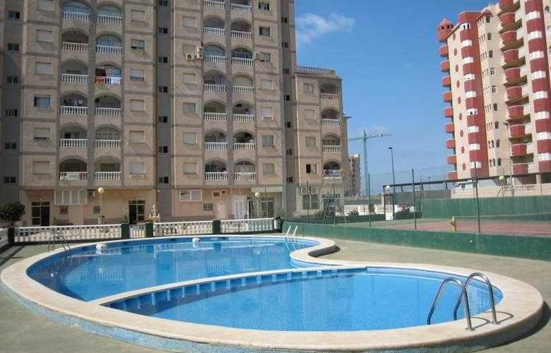 Oasis - Pool - 8