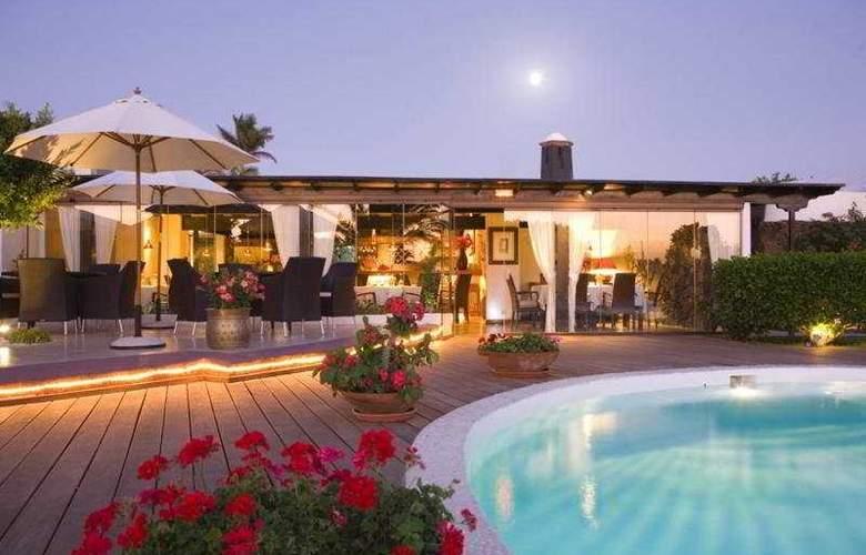 Alondra Suites - Pool - 4