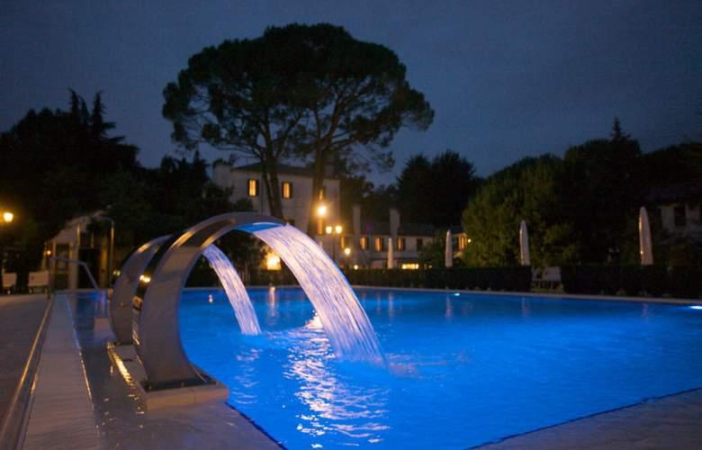 Park Hotel Villa Giustinian - Pool - 8