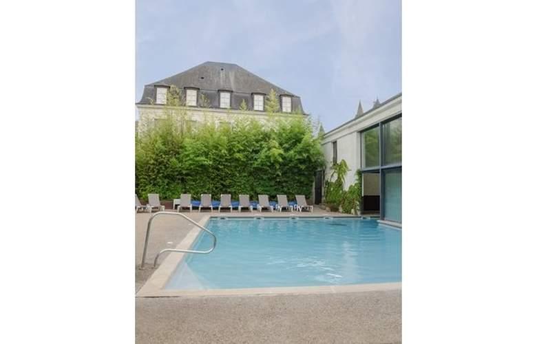 Résidence Pierre et Vacances Le Moulin des Cordeliers - Pool - 3