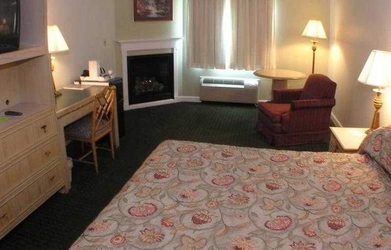 Fireside Inn & Suites Auburn - Room - 2