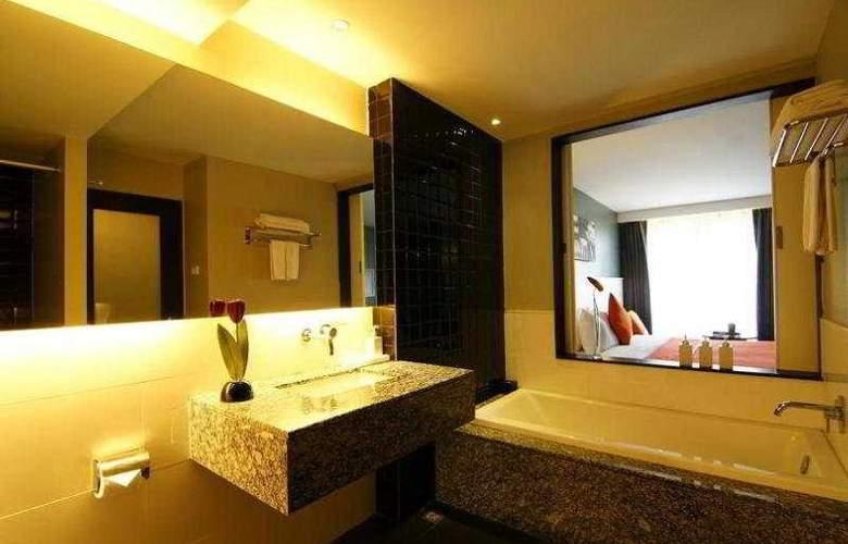 Page 10 Hotel Pattaya - Room - 5