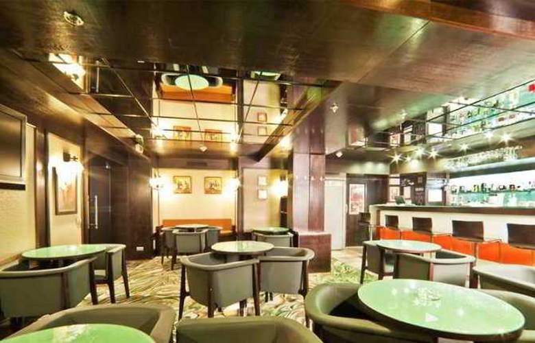 Doubletree by Hilton Hotel Bucharest - Unirii - Hotel - 9