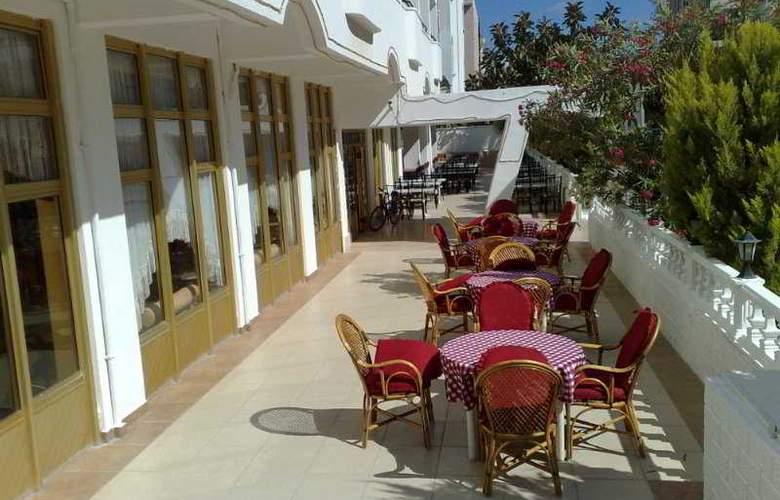 Altinersan Otel - Terrace - 7