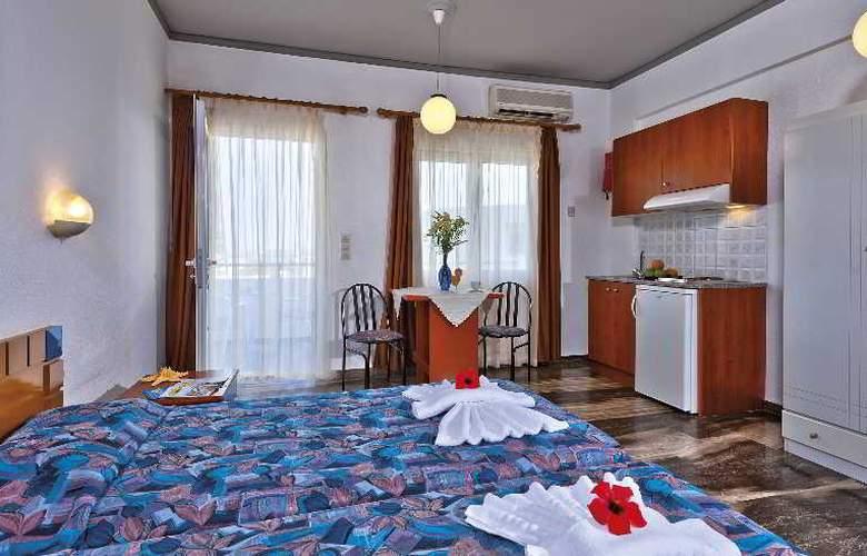 Koukouras - Room - 7