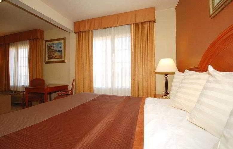Best Western Airport Plaza Inn - Hotel - 11