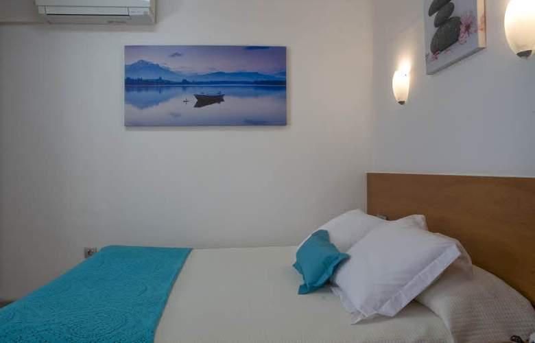 Tolosa Salou - Room - 8