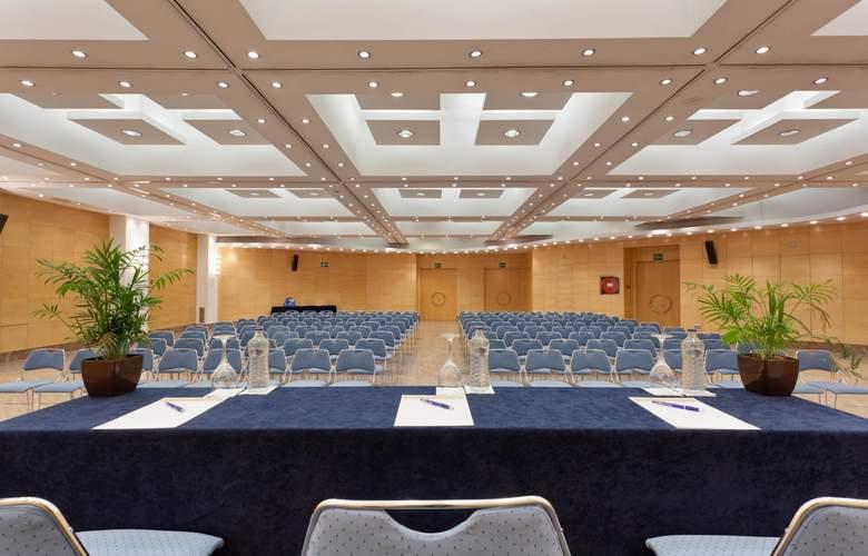 Senator Parque Central - Conference - 4