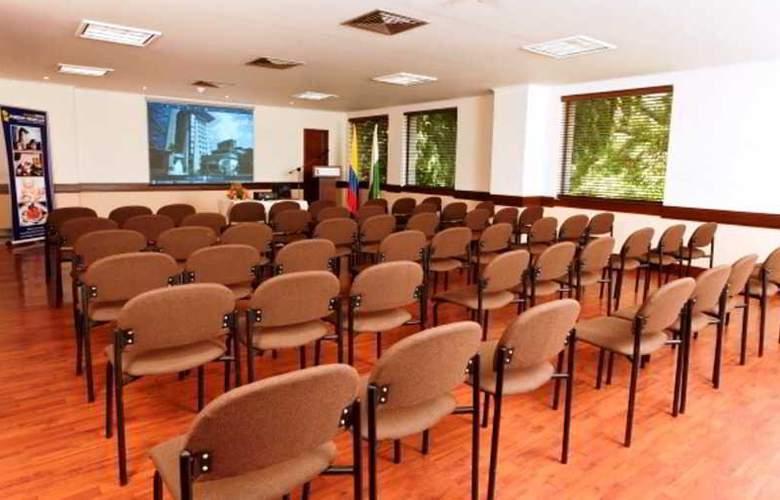 Porton Medellin - Conference - 9