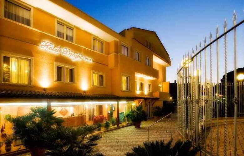 Bright - Hotel - 5