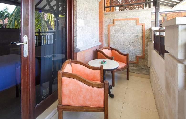 Sol House Kuta Bali - Terrace - 21