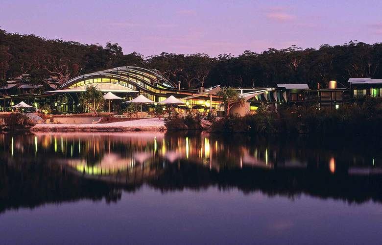 Mercure Kingfisher Bay Resort - Hotel - 3