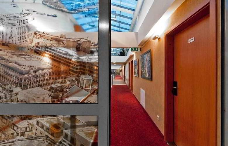 Europa City Vilnius - Hotel - 11