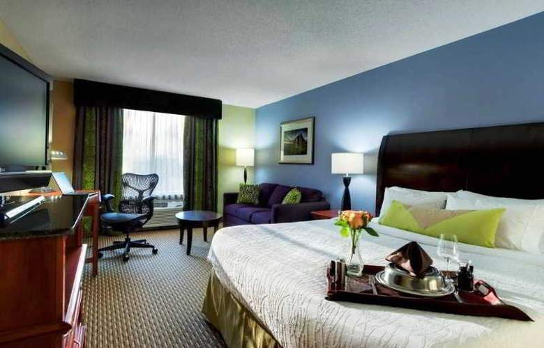 Hilton Garden Inn Airport - Room - 14