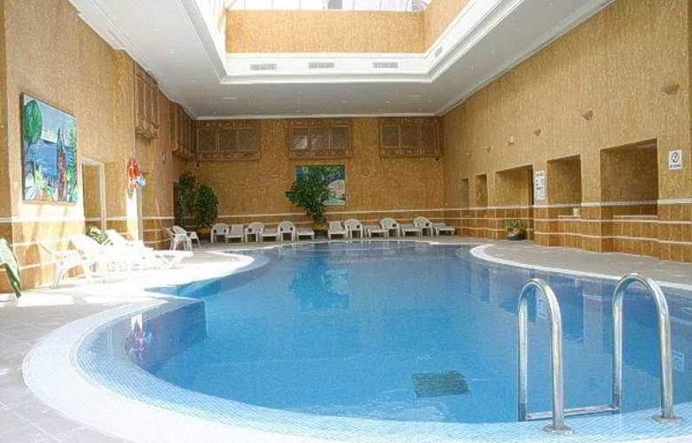 Regency Tunis - Pool - 5