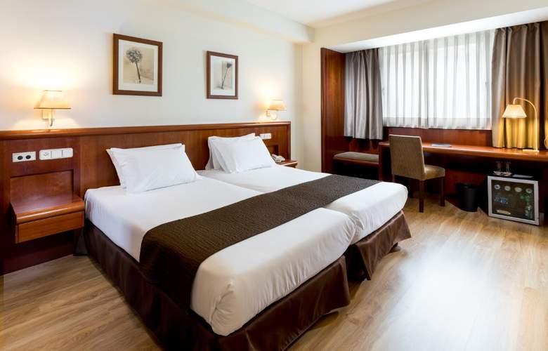 Rafaelhoteles Ventas - Room - 6